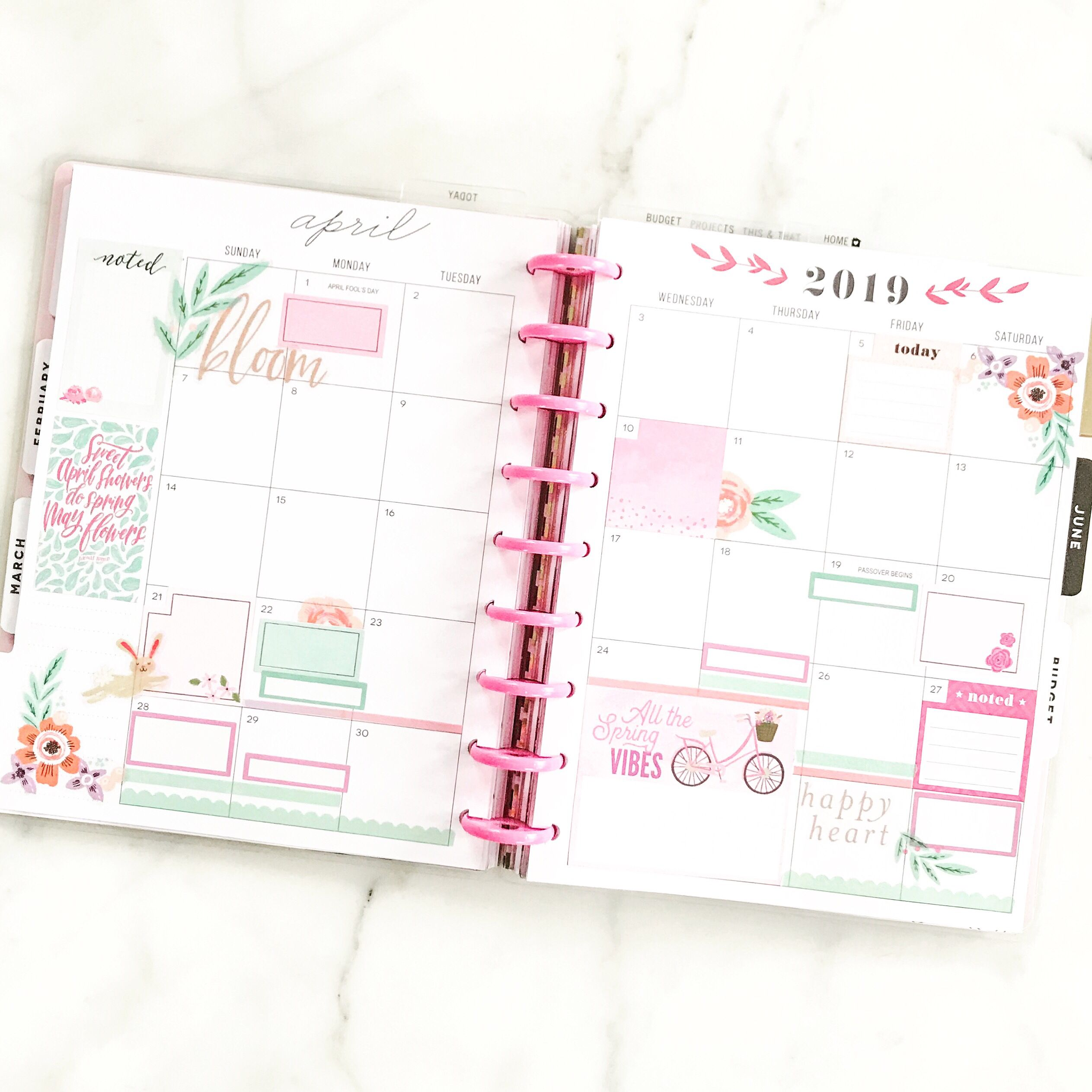 Pretty Planner Layout For Monthly View In Spring Colors