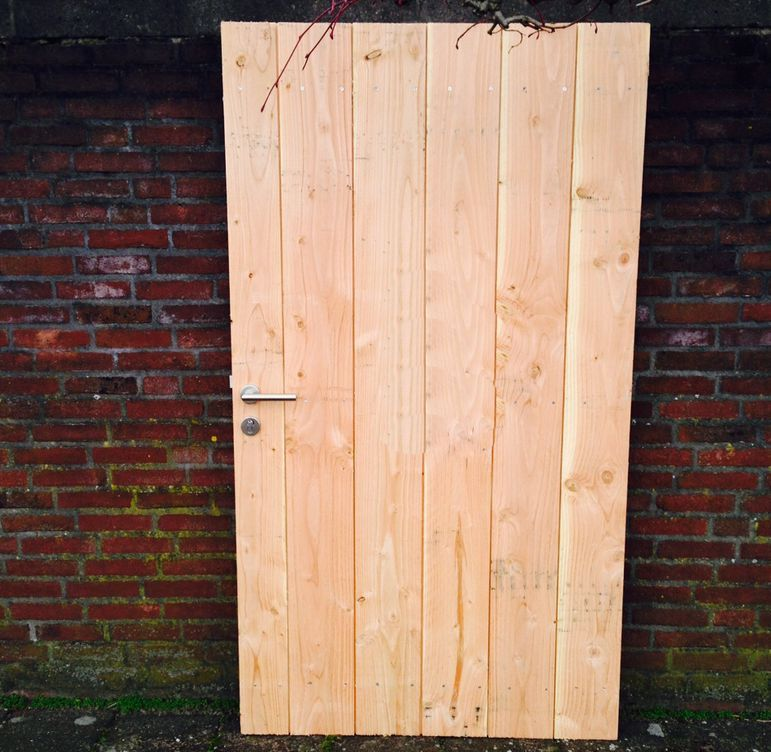 Zelf een houten Schuttingdeur Maken – Poortdeur timmeren sta…