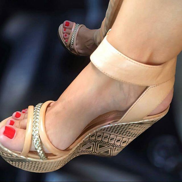 @meupezinho34 #highheels #heels #fashion #style #pesfemininos #feet