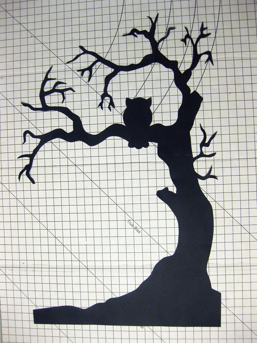 halloween tree window silhouette halloween pinterest. Black Bedroom Furniture Sets. Home Design Ideas