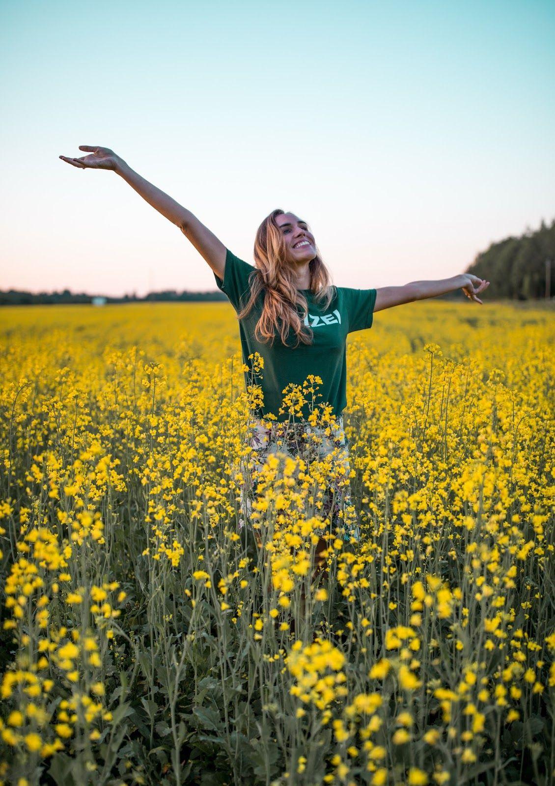 Photo of summer girl yellow flower field