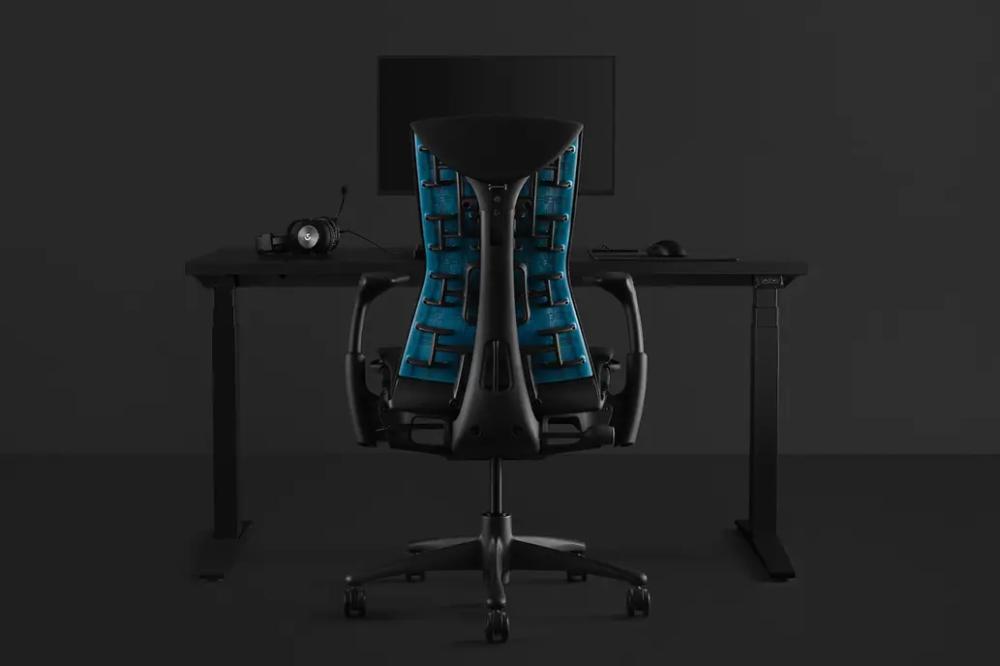 Embody así es la silla gamer de Logitech y Herman Miller