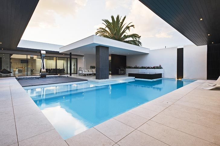 Plunge Into The Outdoor Lifestyle Modern Courtyard Pool