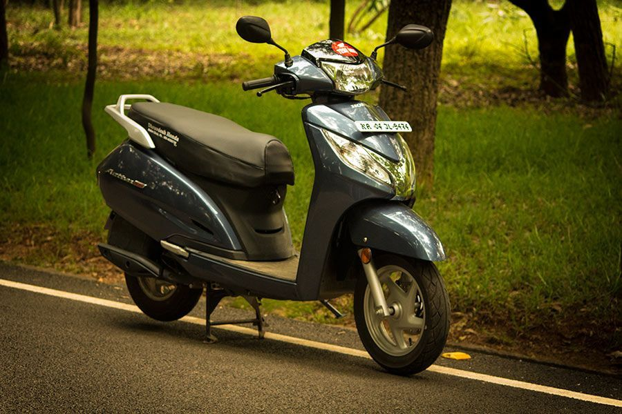 2017 Honda Activa 125 Review Midnight Blue Metallic Midnight