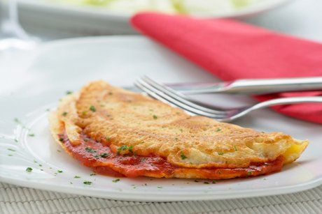 Omelette mit Tomatensugo - Rezept