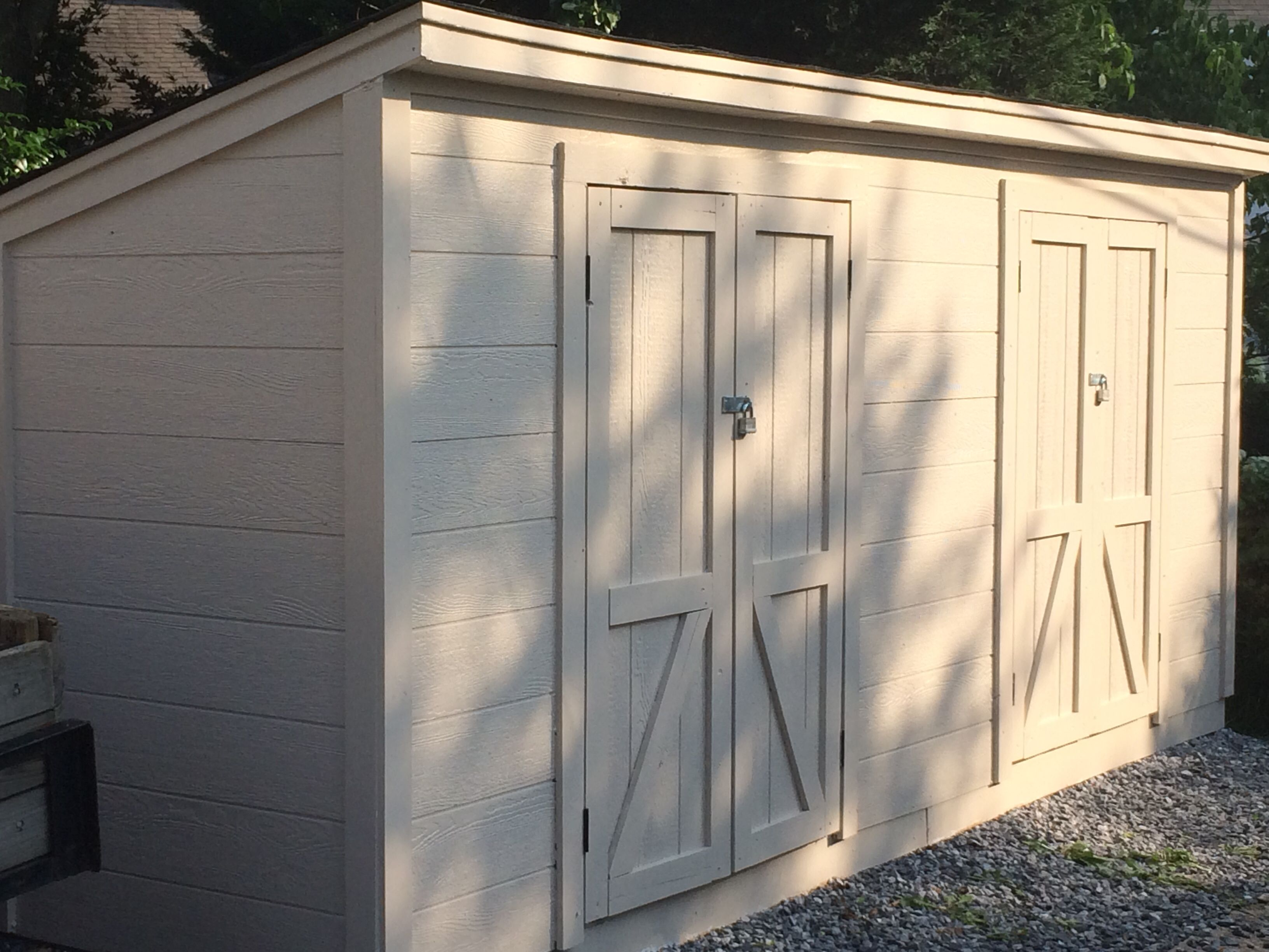 Shed Fits A Narrow But Long E In Alley My Projects