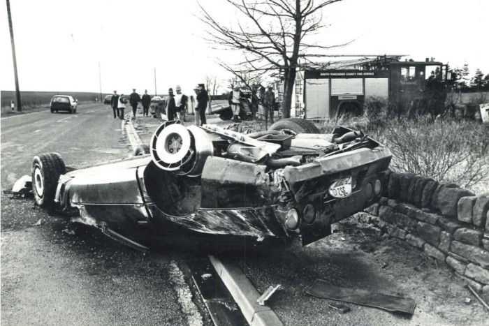 Def Leppard The Wrecked Chevrolet Corvette C4 In Which
