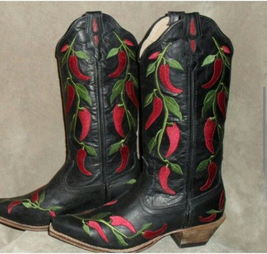 Twisted X red hot chili pepper boots at www.oldsoleboots.com