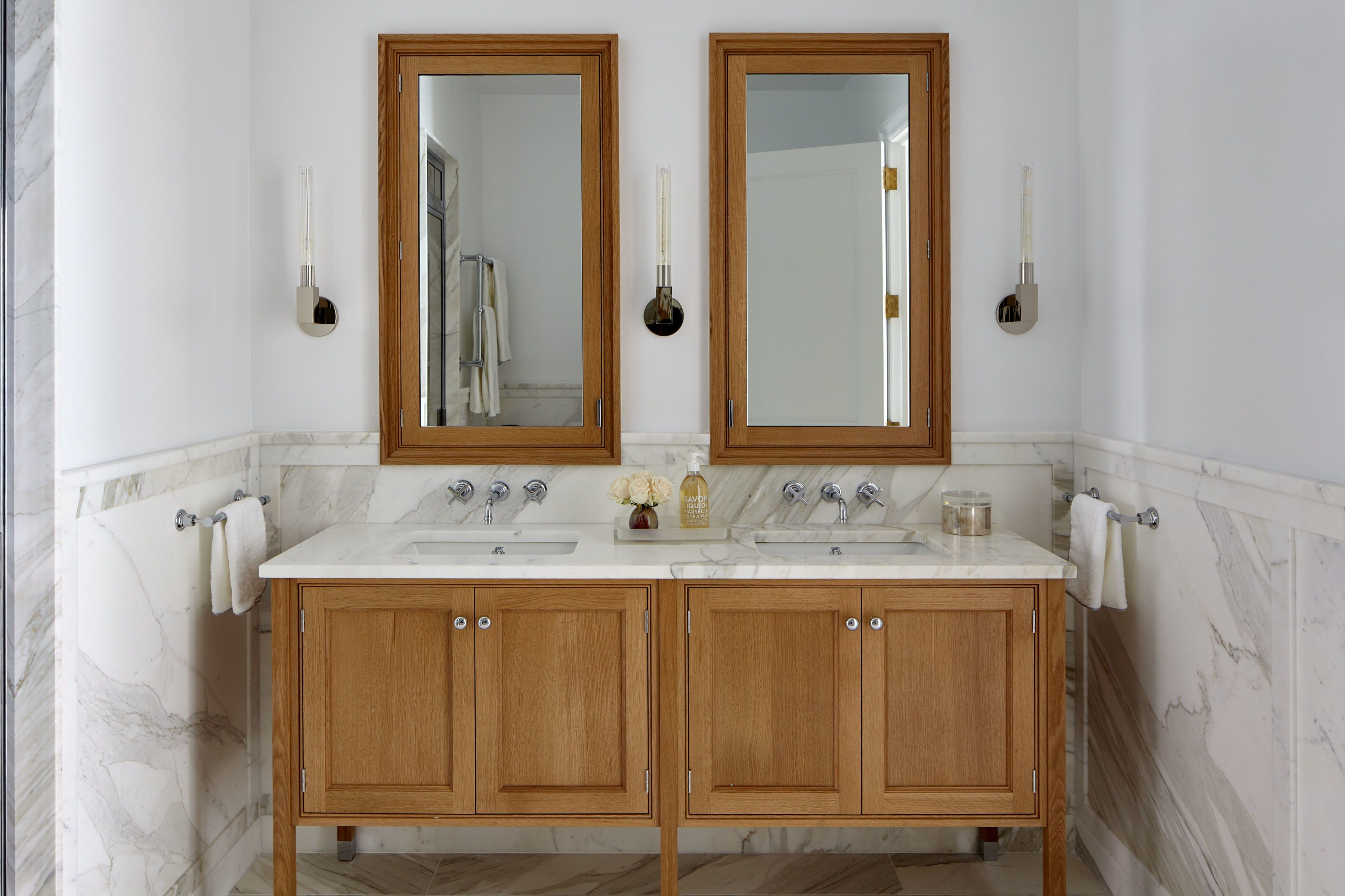Tour Charlie Ferrer S Model Apartment At 555 West End Avenue Master Bathroom Vanity Cabinetry Christopher Peacock