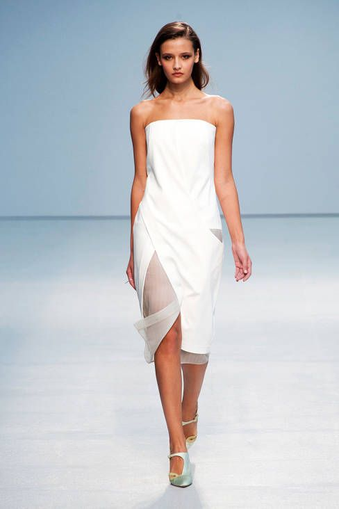 Anne Valerie Hash Spring 2013 Ready-to-Wear Collection