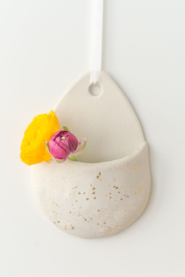 Handmade Hanging Wall Vases Check Out This Easy Diy Craft Ideas