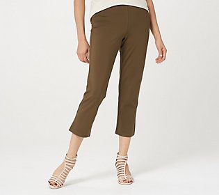 Think of these as your all-day crop pants. Ponte knit keeps its flattering fit from day to night. From Linea by Louis Dell'Olio.