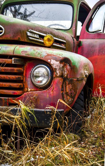 Santa's Old Truck by Dee Ann Sibley on Capture Minnesota // Tis' the Season