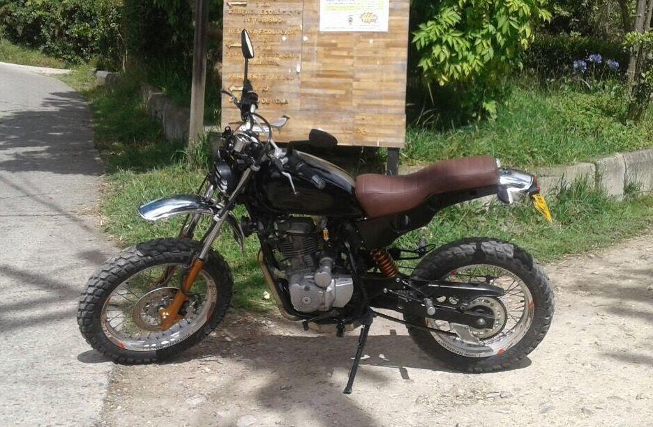 Honda Xlr 125 Scrambler Scrambler Motorcycle Motorcycle