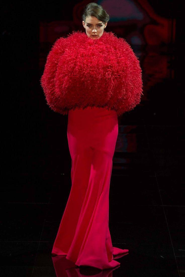 Armani Haute Couture   Armani Privé   Fall 2014 Couture Collection   Style.com