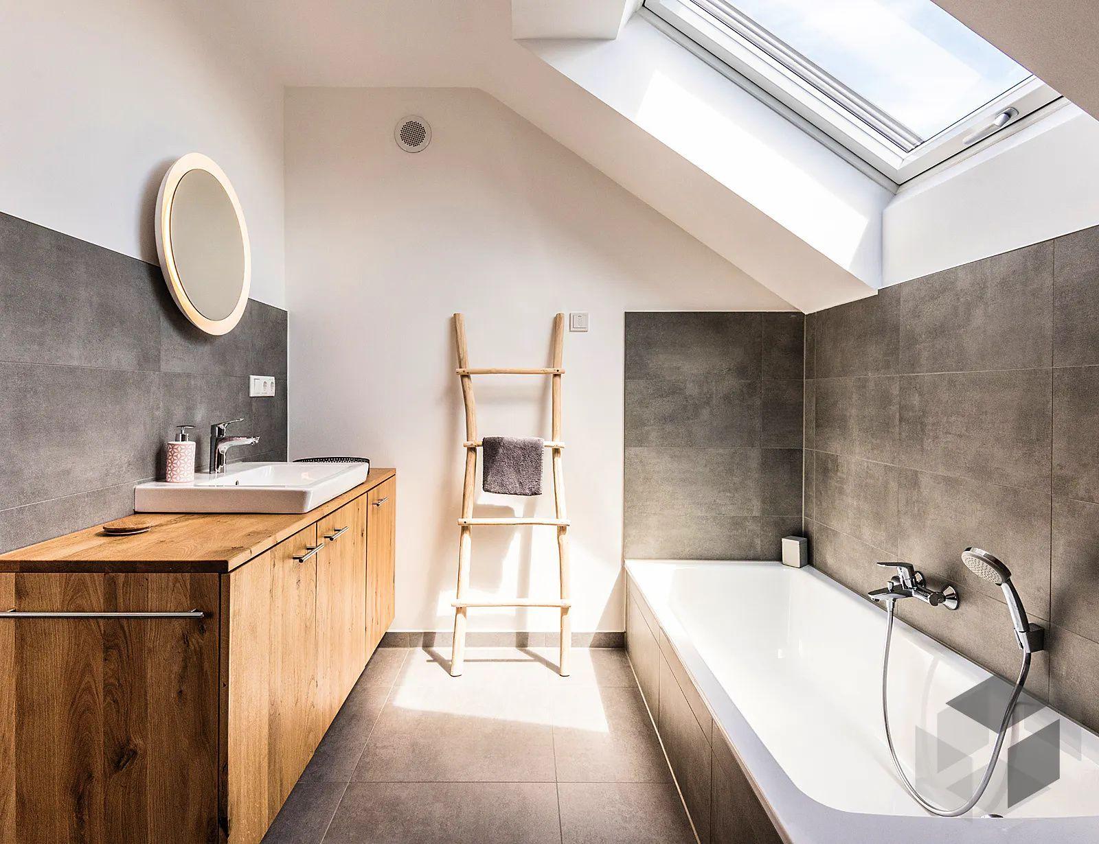 Bad modern mit Holzwaschtisch   Badgestaltung, Holzwaschtisch, Bad