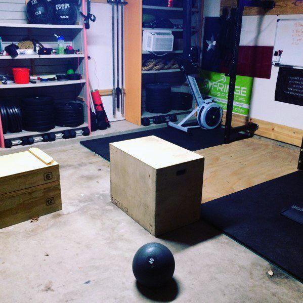 #besten  #center  #designs  #fitness  #garage  #ideen #Garage #Ideen  Top 75 besten Garage Gym Ideen...