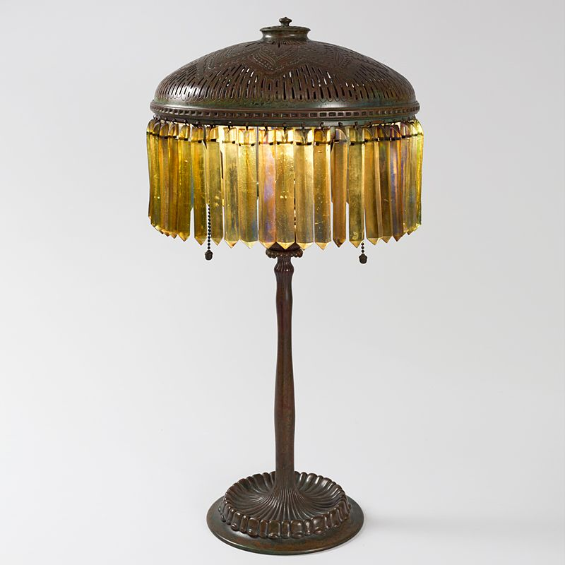 Tiffany studios new york favrile glass and patinated bronze desk lamp