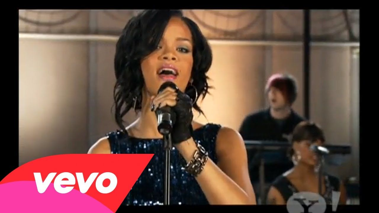 Rihanna At Her Best Rihanna Umbrella Pepsi Smash With Images
