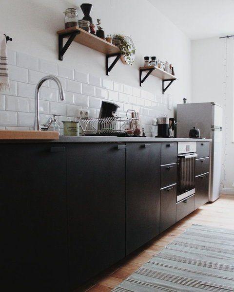 wohnen im winter die sch nsten wohn und dekoideen aus dem januar k che k che schwarz. Black Bedroom Furniture Sets. Home Design Ideas