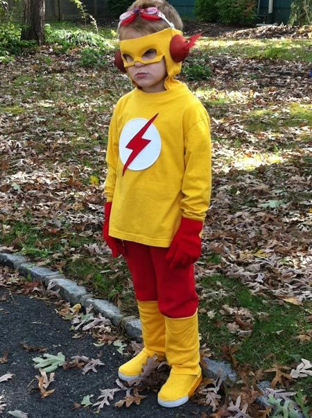 Kid Flash Costume (I like this one because it is more simple to make, but still really cool)