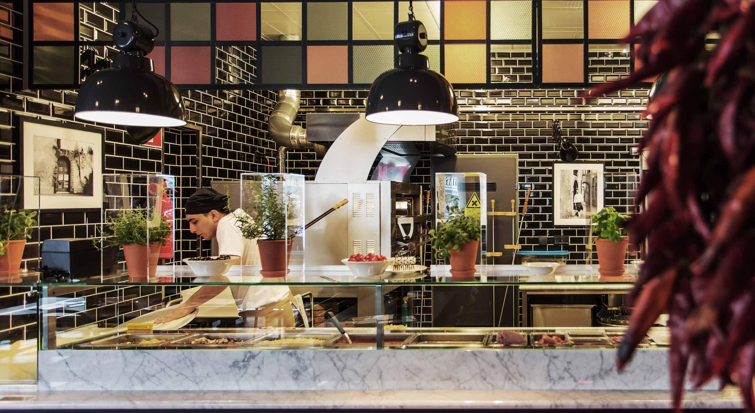 Kitchen I L\'Osteria Wien   Pizza E Pasta   Kitchen & Bar ...