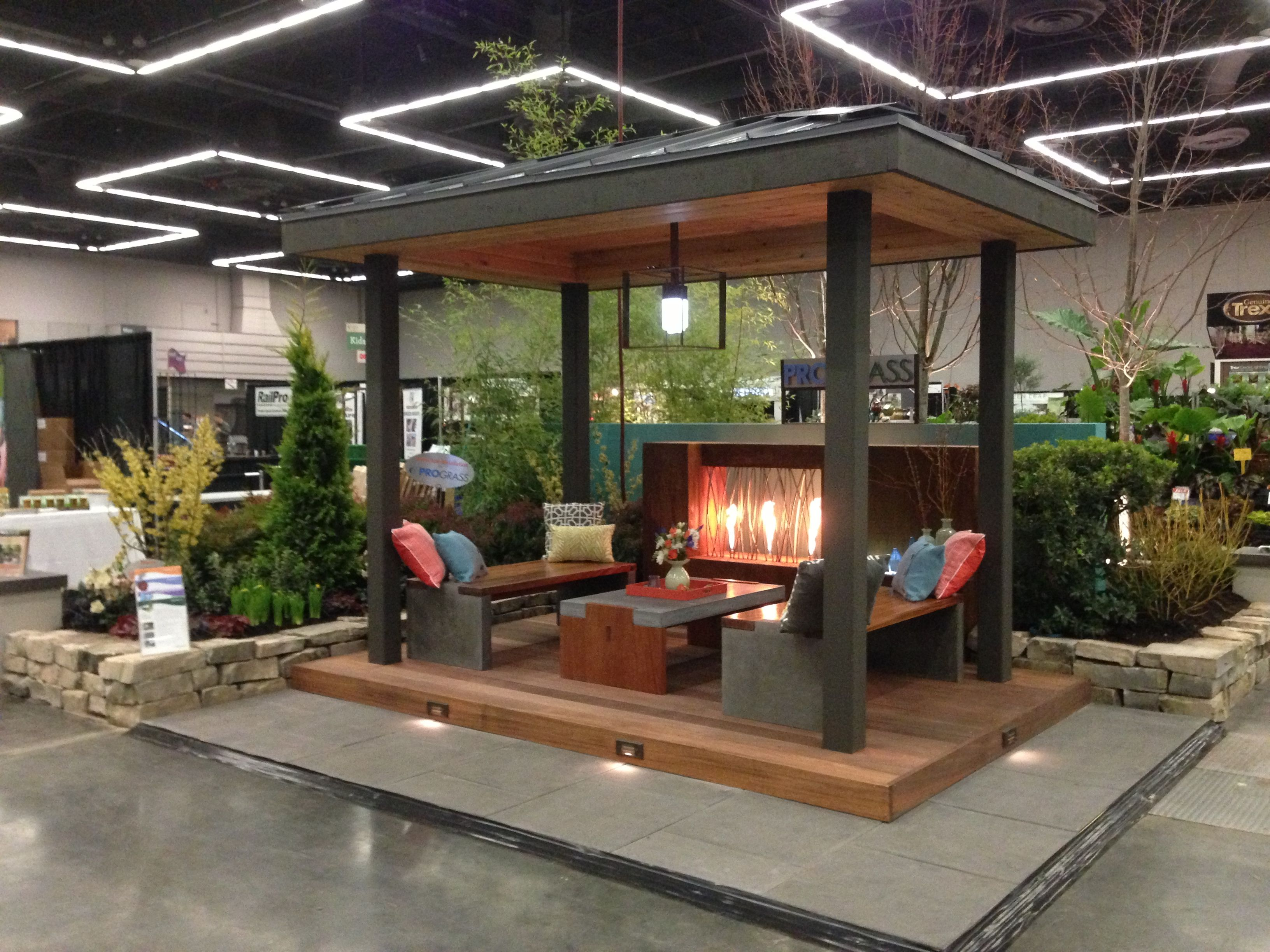 Cozy Conversation Space At The Yard Garden And Patio Show 2013