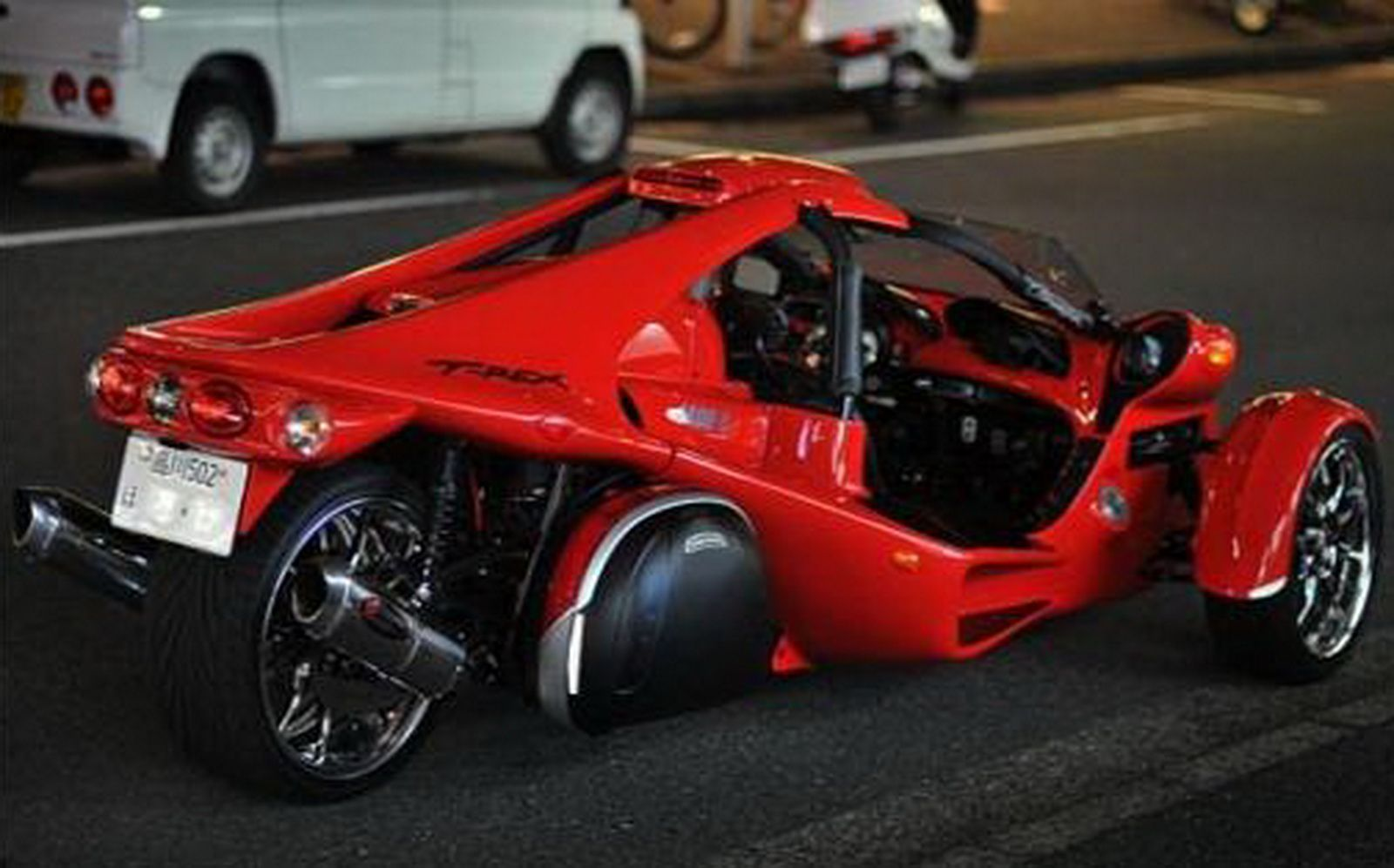 The campagna t rex is a two seat three wheeled cyclecar created
