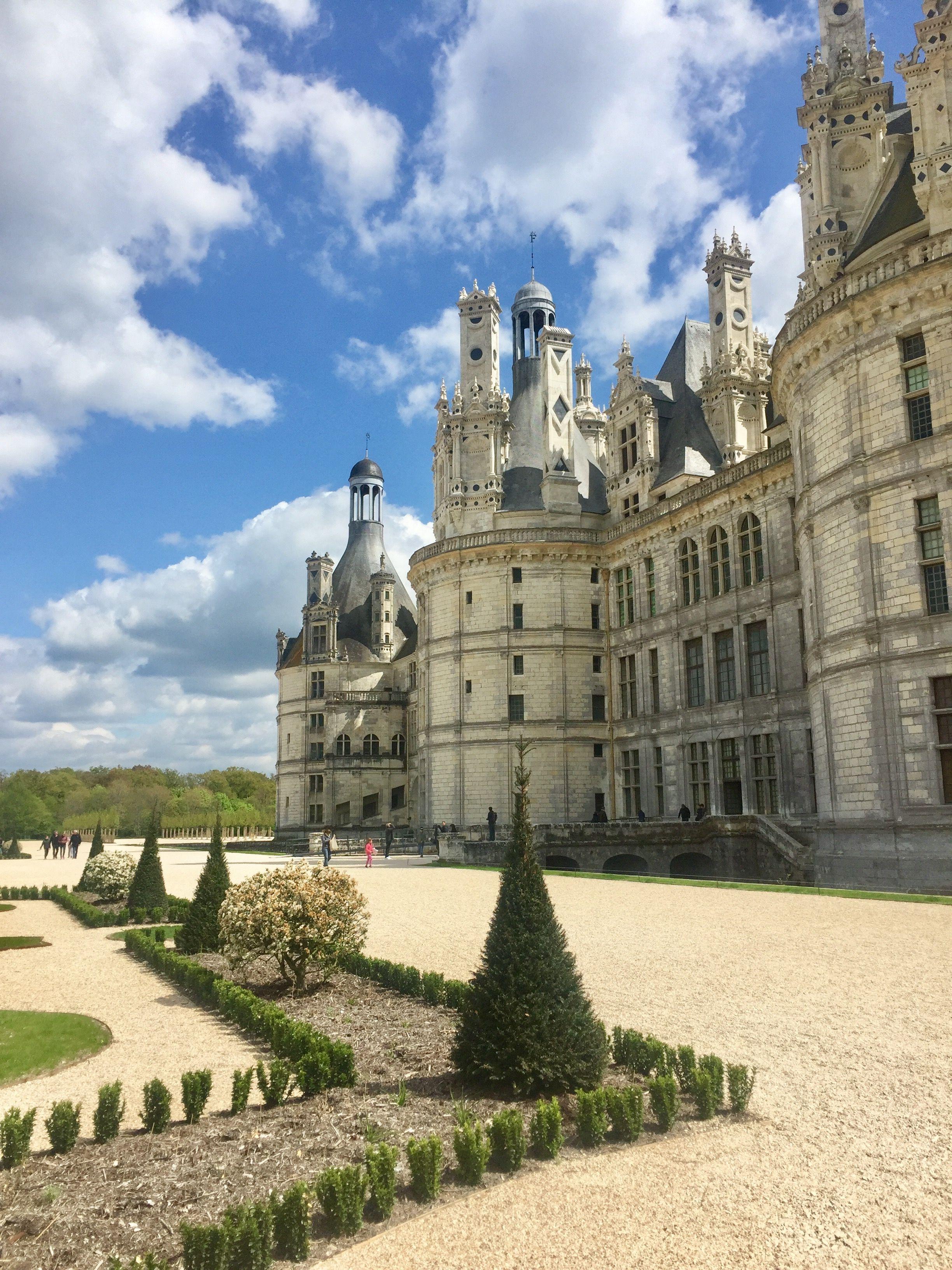 Chateau De Chambord Et Ses Jardins A La Francaise Loir Et Cher