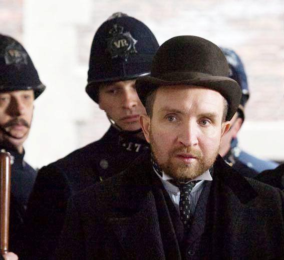 eddie marsan is inspector lestrade in guy ritchies