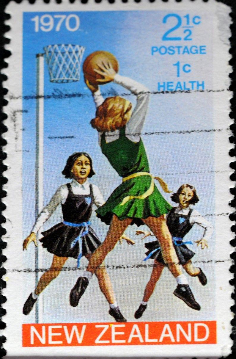 New Zealand (277) 1970 Health Girls playing Netball
