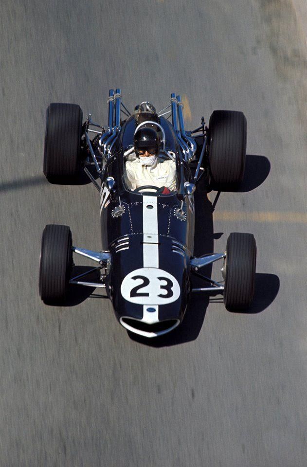 .1967 Gurney-Weslake V-12 . Dan Gurney