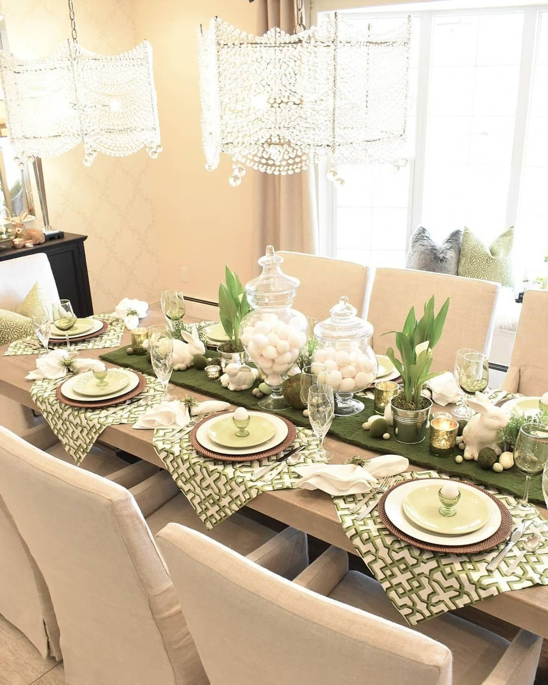Pin By Janie Shelton On Deco In 2020 Easter Dinner Table Spring Table Decor Easter Table Settings