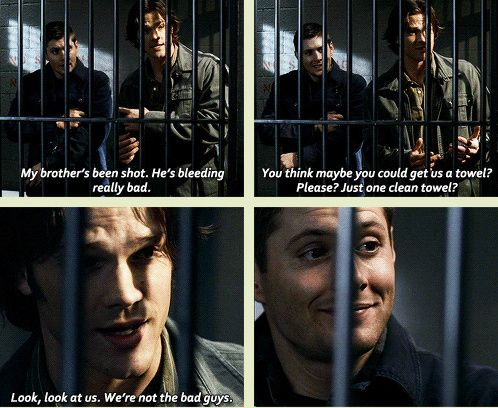 """Love Dean's """"we're not the bad guys"""" reassuring smile! [GIFSET] 3x12 Jus In Bello"""