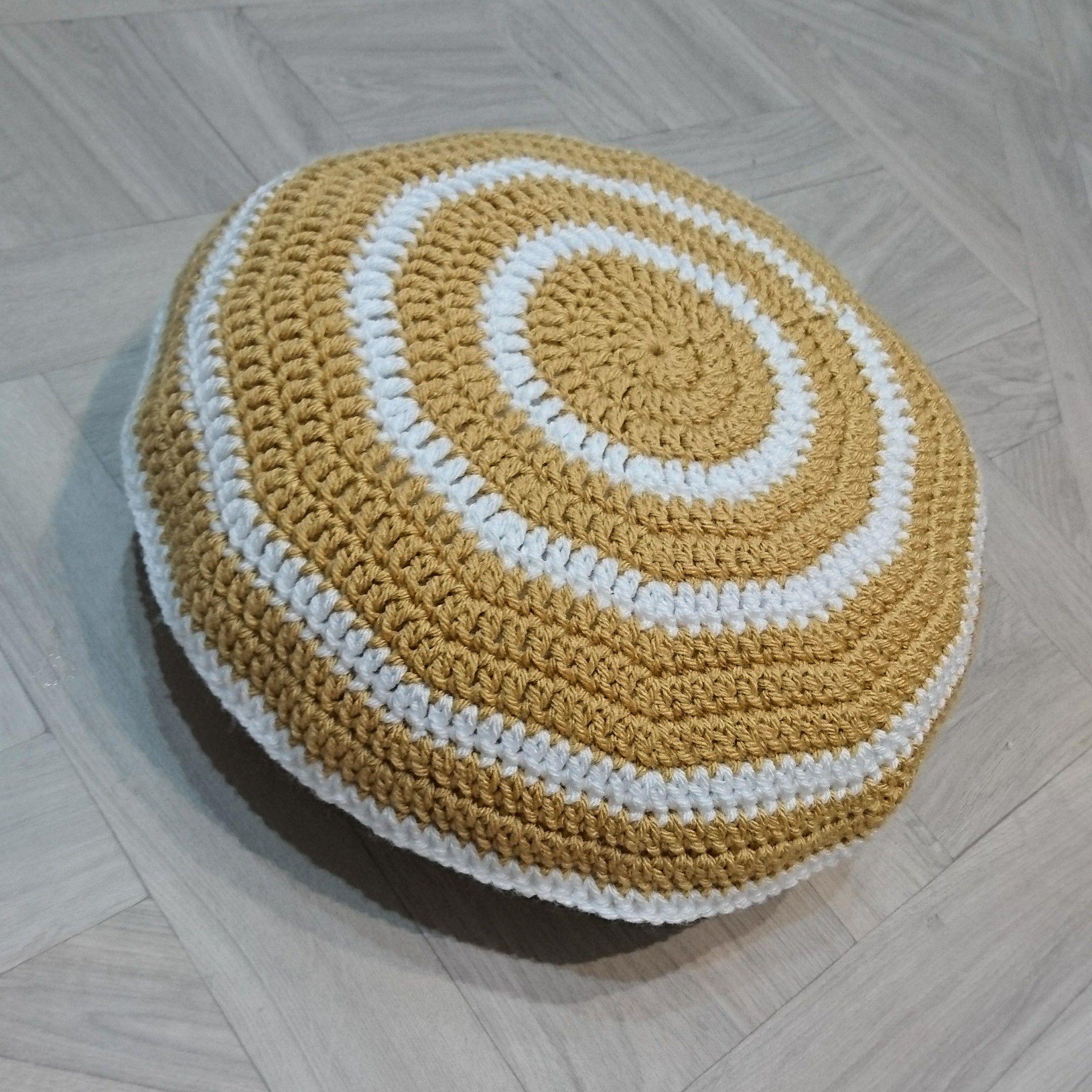 Circular Ring Cushion - free pattern at The Crochet Blog ...