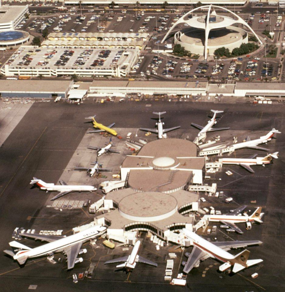 Delta 747 Lax Vintage Aircraft Airport Design Continental Airlines