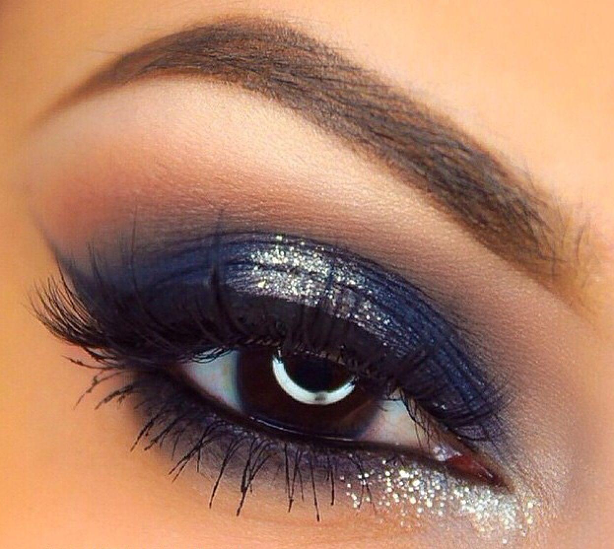 Pin by Elizabeth Obregon on ~MAKE ME UP~  Eye makeup blue dress