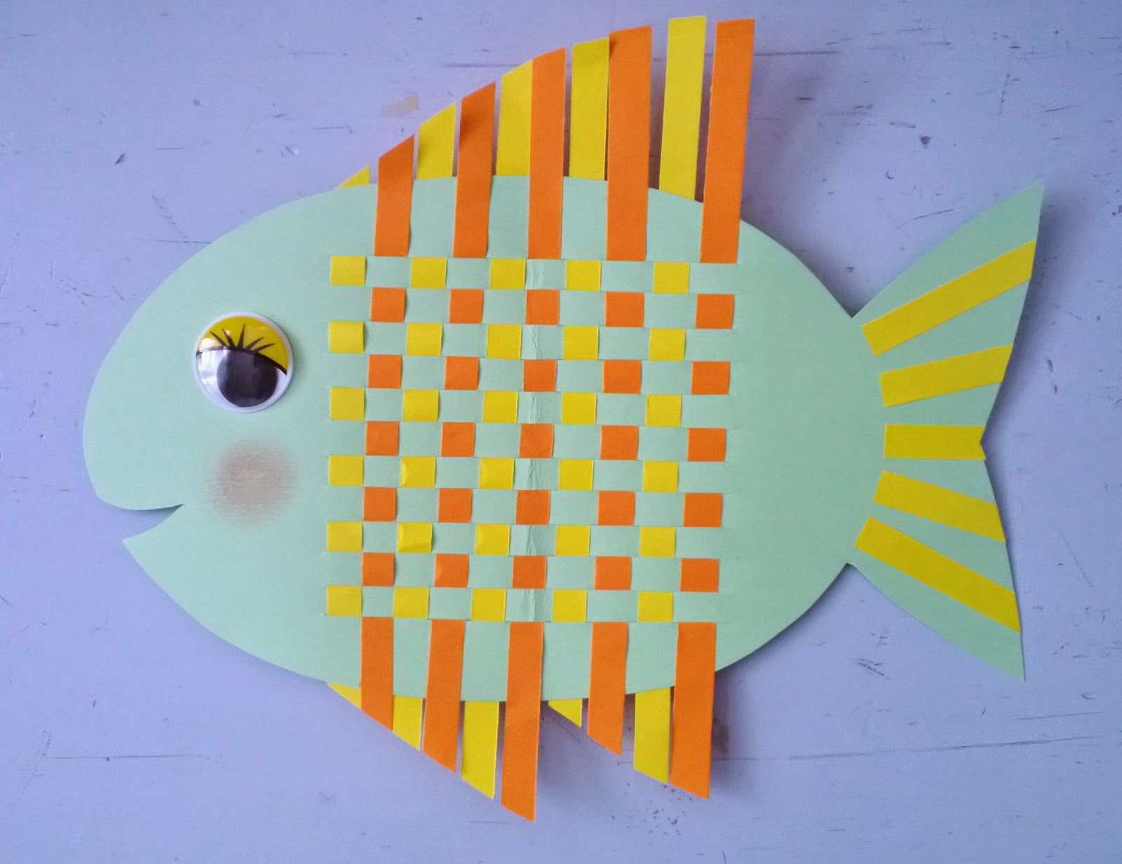 poisson tissage papier kinderknutseldingen pinterest. Black Bedroom Furniture Sets. Home Design Ideas