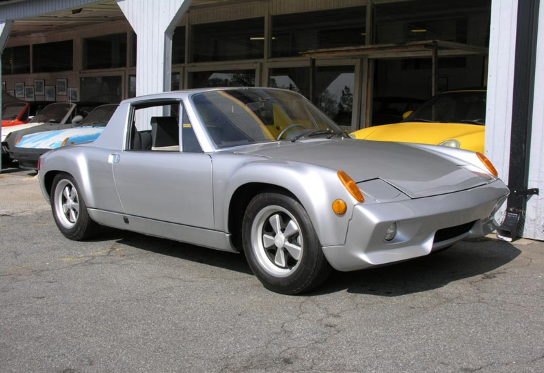 The 916 Is An Ultra Rare Hardtop Only Version Of The Mid Engine 914 Equipped With A 2 7 Liter 911s S Ebay Motors Porsche Classic European Cars Porsche 914