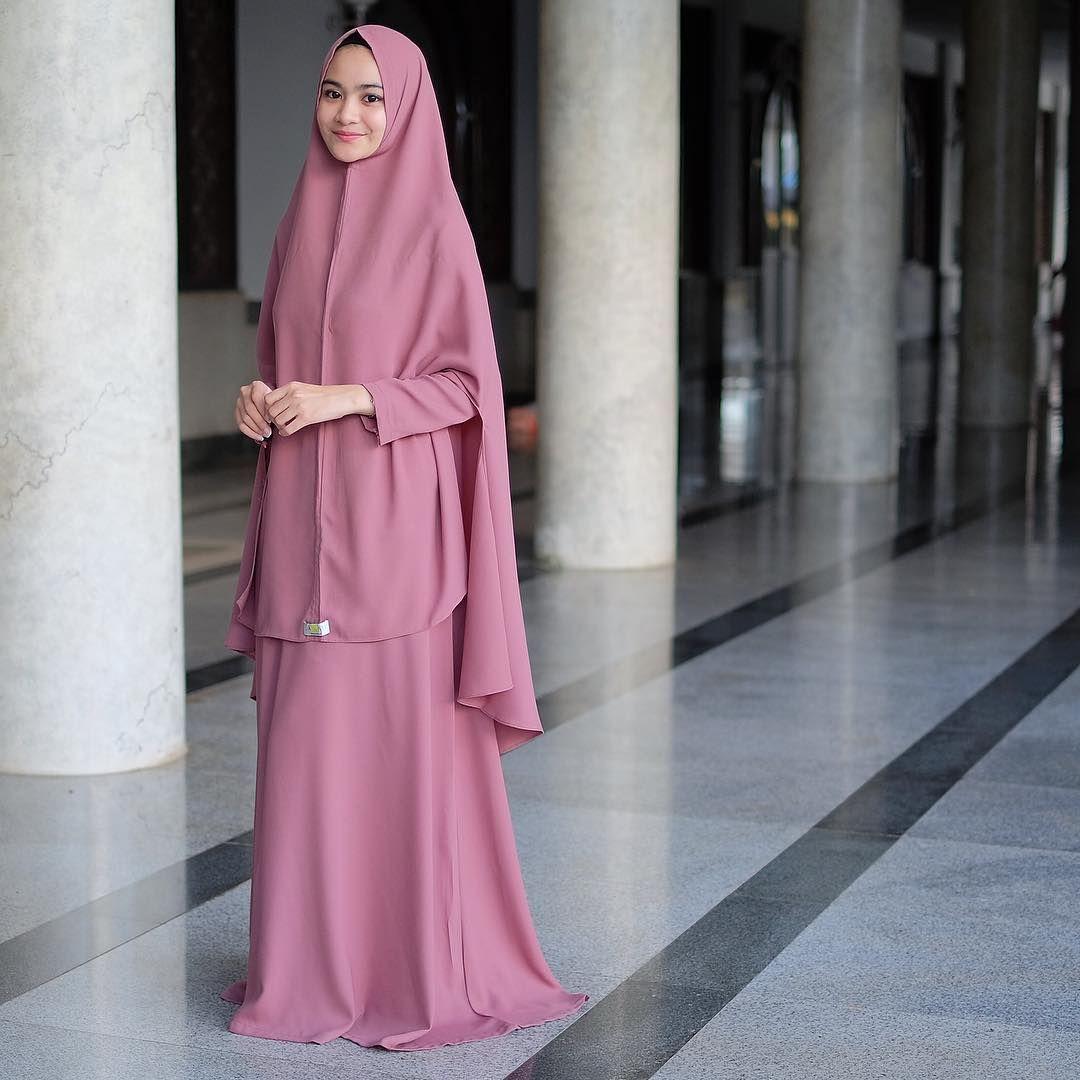 Gamis  Pakaian wanita, Model pakaian hijab, Model pakaian wanita
