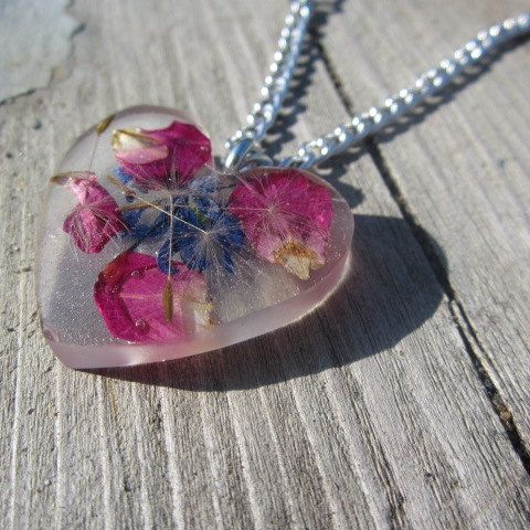 Heart Pendant Epoxy Resin Wild Flowers Nature by BeadsNyarn