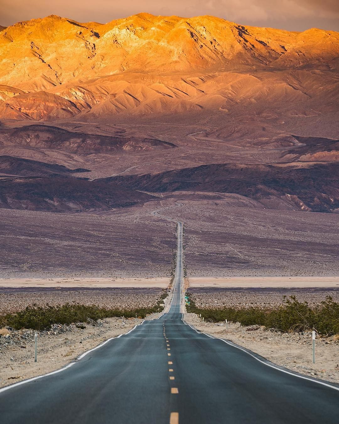 Death Valley | Photography by @dylan.schwartz Tag #naturegeography and follow us to be featured! by nature.geography