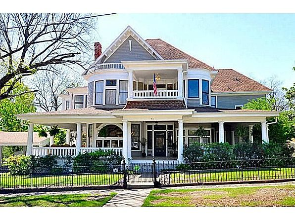 511 W Virginia St Mc Kinney Tx 75069 Zillow Victorian Homes