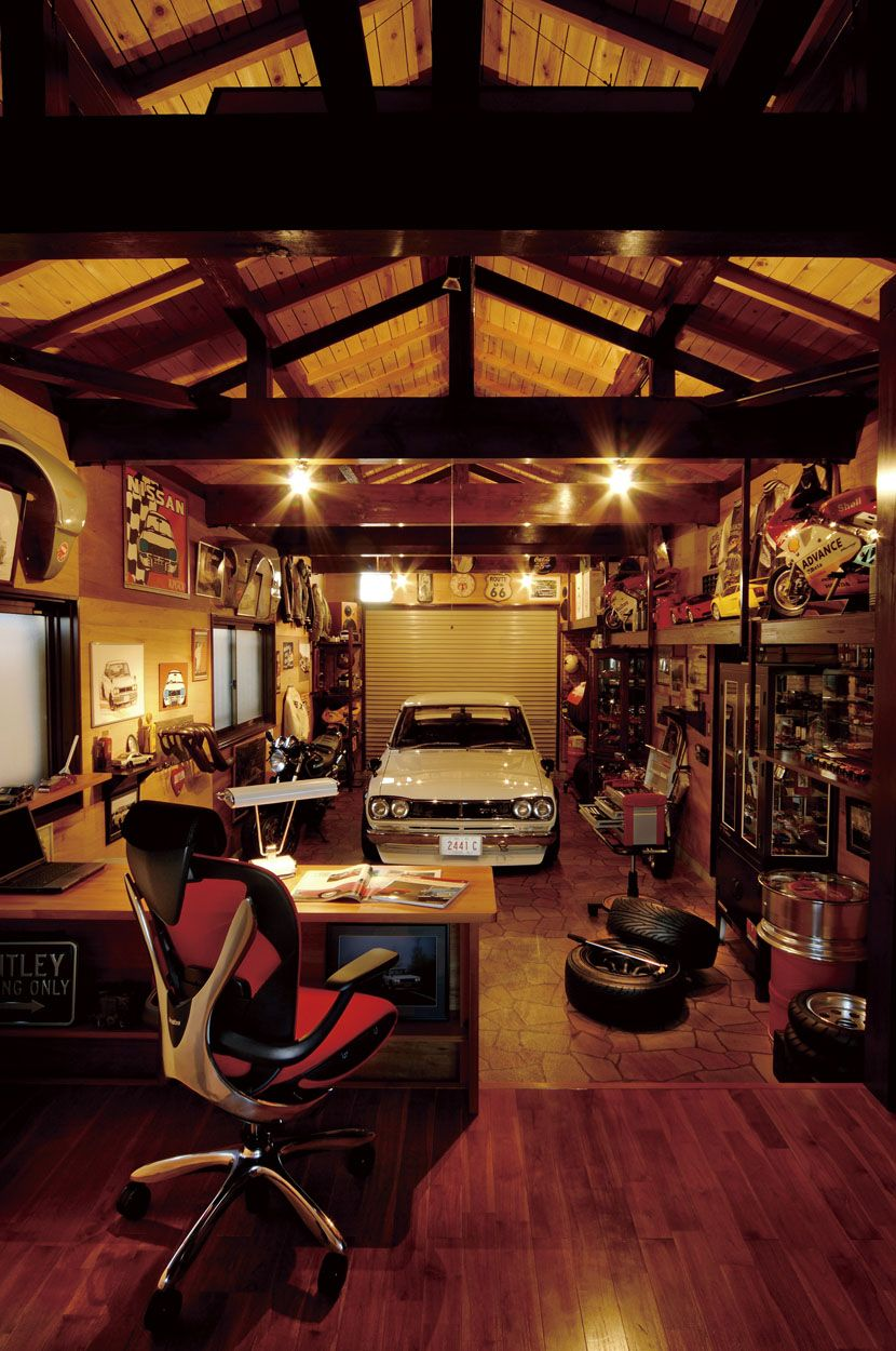 Replace the Datsun with a Volvo and you\'ve got a real office ...