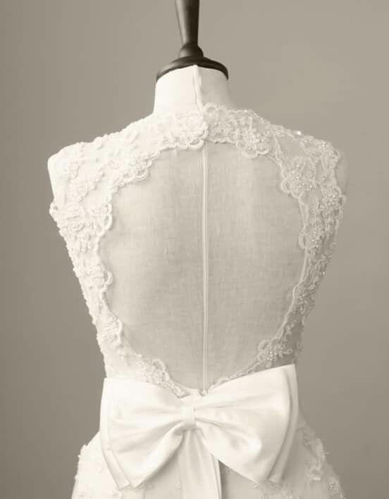 Viva Bride Garland 449 Bromley Vintage Wedding DressesVintage