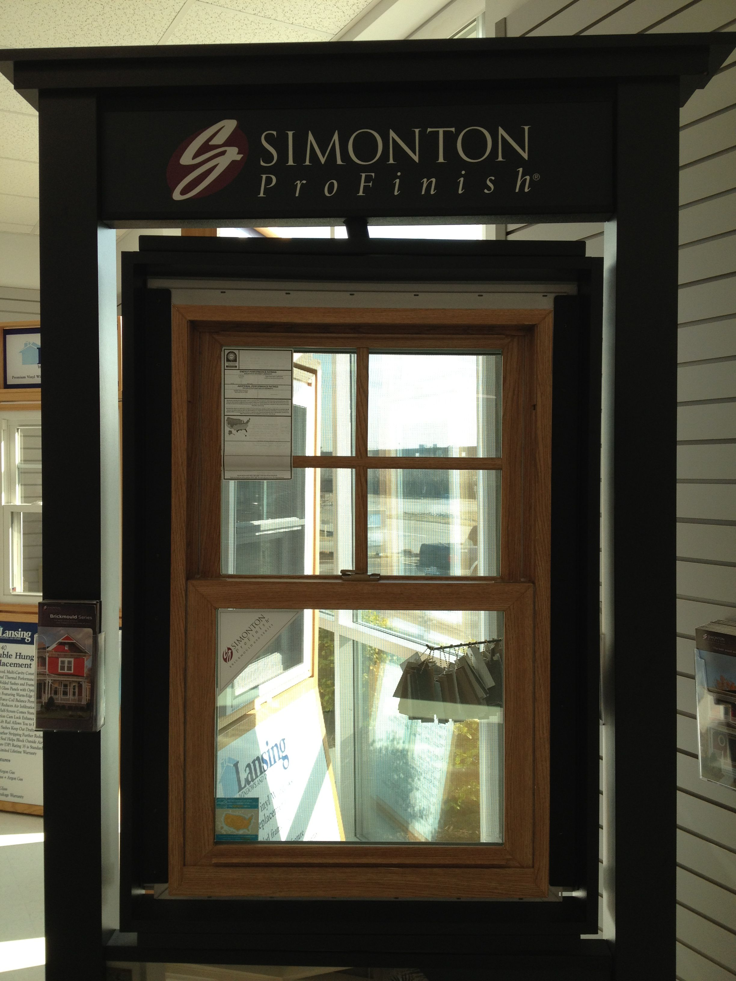 Simonton Profinish Double Hung With Oak Grain Wood Interior On Vinyl Window Window Vinyl Windows Wood Interiors