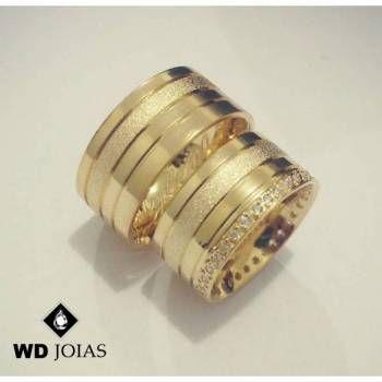 A WD Joias sua joalheria online apresenta esse lindo par de alianças ... 8d99d18a42