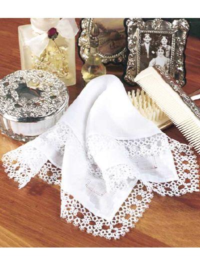 puntilla de pañuelo | Tejidos | Pinterest | Orillas, Tul y Carpeta