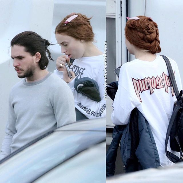 Kit Harington and Sophie Turner on set of Game of Thrones ...