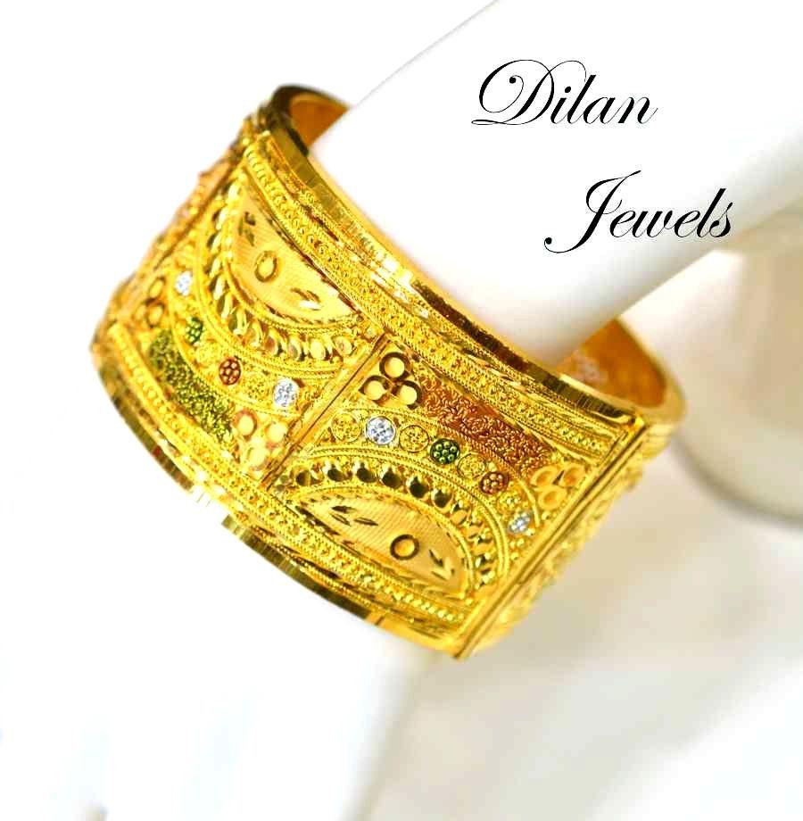 gold kangan designs - Google Search | jewelry. com | Pinterest ...